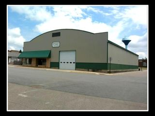 4 SQUARE BUILDERS ABSOLUTE TIMED ONLINE LUMBERYARD AUCTION