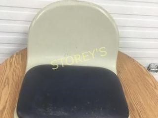 12 Fiberglass Chair Seats