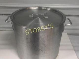 30qrt Alumin Stock Pot w  lid