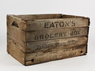 VINTAGE EATON S GROCERY BOX