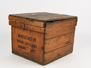 MORGAN S SUPPlY HOUSE WOODEN EGG CRATE