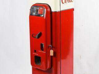 VENDO 44 COCA COlA 10 CENT MACHINE   KEY   RESTORE