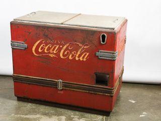 DRINK COCA COlA EMBOSSED FlOOR MODEl