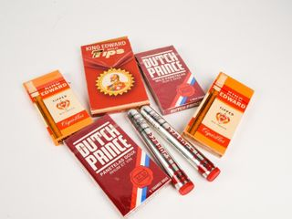 GROUPING OF PANETElAS   CIGAR PACKAGES