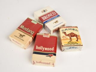 GROUPING OF 4 CIGARETTE PACKAGES   NOS