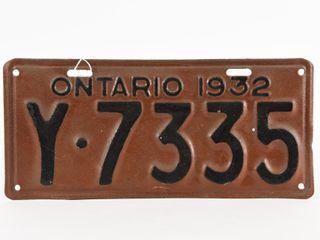 ONTARIO 1932 SINGlE EMBOSSED TIN lICENSE PlATE