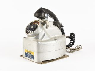 NORTHERN ElECTRIC CAST TElEPHONE