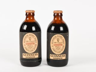 lABATT GUINESS EXTRA STOUT IRISH BEER   FUll