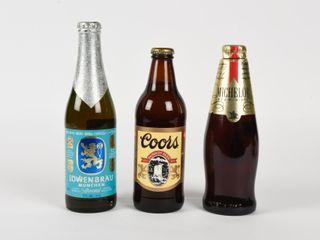lOT 3 AMBER GlASS BEER BOTTlES   FUll