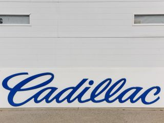 RARE CADIllAC S S PlEXIGlASS EMBOSSED lETTER SIGN