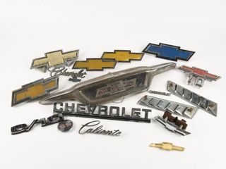 GROUPING OF CHEVROlET EMBlEMS