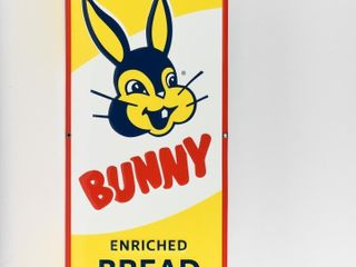 EVERBODY lOVE BUNNY ENRICHED BREAD SS SIGN  NEW