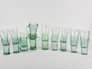 lOT OF 19 COCA COlA ClEAR   GREEN DRINKING GlASSES