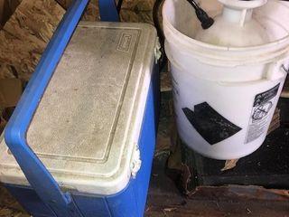 Coleman ice chest  sprayer and bucket