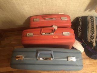Hard case luggage