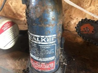 Walker hydraulic jack