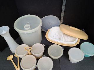 Miscellaneous Tupperware