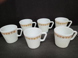 6 Pyrex Coffee Cups