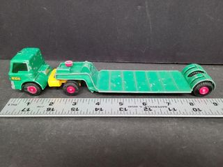 Match Box Ford Tractor King Size Dyson Low Loader