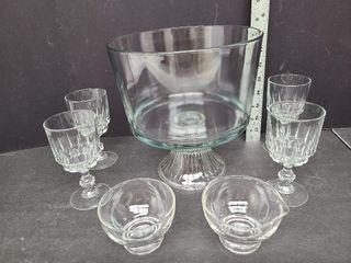 Pedestal Trifle Bowl, 4 Crystal Wine, Glass C & S