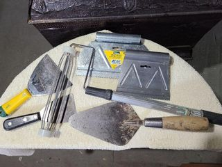 Putty Knives, Glue Spreader, Paint Roller & Trowel