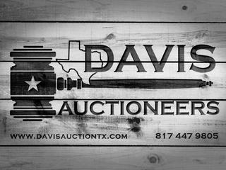 Storage Unit Auction -- U-Haul DFW 836