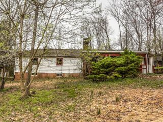 5.7 Acre Real Estate & Personal Property Auction