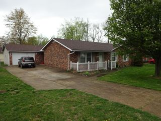 BRICK RANCH STYLE HOME - Online Bidding Only Ends TUE, JUNE 29 @ 4:00 PM EDT