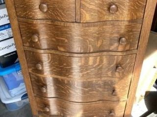 Dresser with Six Drawer