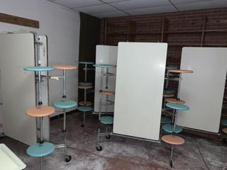 6   Mobile Cafeteria Tables