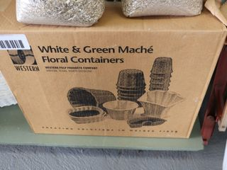 CASE OF MACHE FlORAl CONTAINERS
