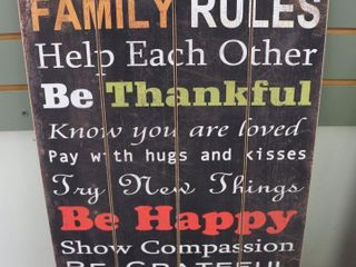 FAMIlY RUlES WOODEN SIGN   16  X 24