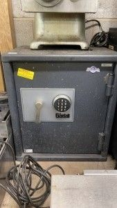 Restaurant Equipment Distributor Is Moving And Liquidating Excess Equipment