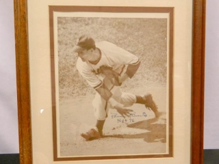 6/3 Sports Memorabilia � Pennants � Games- Gloves � Bats � Balls � Banks � Autographs � Trains Excellent Vintage Collection