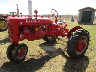Molitor Tractor and Equpment plus Collectible Toy Auction