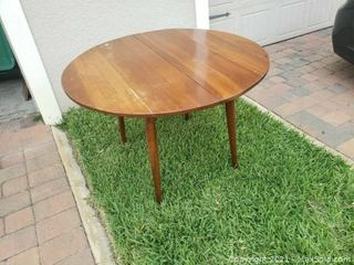 Winter Garden Moving Online Auction - Sweet Orange Avenue
