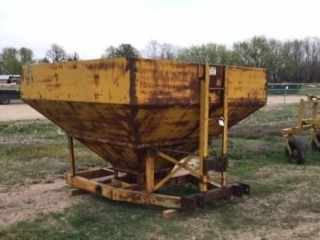 Farm Equipment, Pipe, & Livestock Fence - Kansas & Nebraska