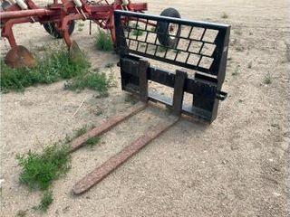 Pifer's Central Dakota Equipment Auction - November 2021