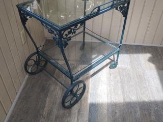 Orange Moving Online Auction - Woodland Ln