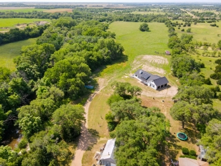 Cheney) 4,000+Sq.Ft. Home on 54 +/- Wooded Acres w/ a Cabin