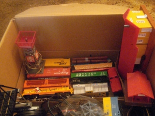 REAL  ESTATE FOR ALONG WITH SALE CRYSTAL CHANDELIER  BLOW MOLDS OLD TOYS CHARLES DICKENS VILLAGE PIECES LOTS OF THEM TRAINS
