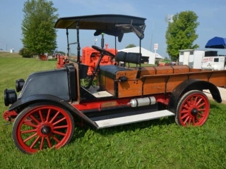 International Truck, Vintage Tractors and Machinery, and Much More