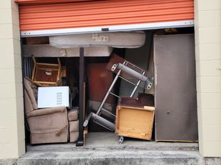 Mini Maxi Storage Storage Auction