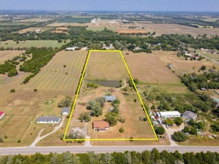 Derby) ABSOLUTE - Home on 9.87 +/- Acres