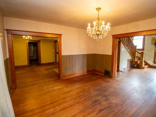(N) 5-BR, 2-BA Two-Story Home