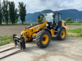 UNRESERVED FALL FARM AUCTION