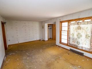 (McPherson) NO MIN, NO RES - 3-BR, 1.5-BA Home w/ 1-Car Garage