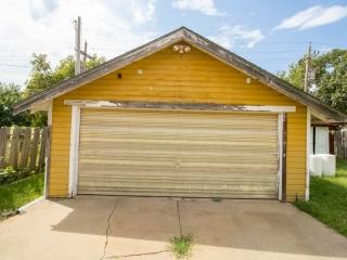 (Lyons) NO MIN, NO RES - 2-BR, 2-BA Home w/ 2-Car Garage