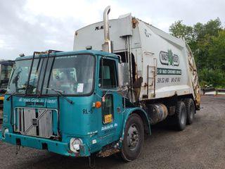 Heavy Equipment & Truck SPOOKtakular Auction Day 1