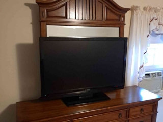 Westborough Moving Online Auction - South Street